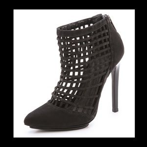 Schultz Black Sid Cage ankle booties size 10